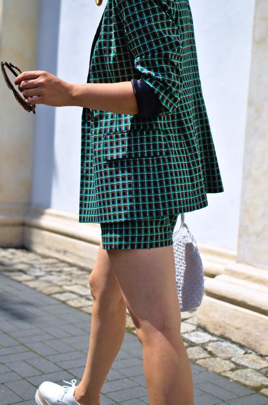 #zarasuit #zarastreetstyle #fashion #inspiration #photo #greensuit