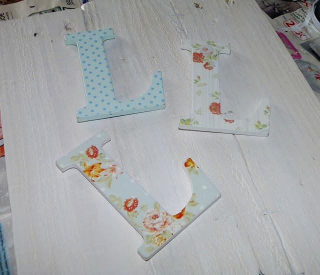 tablas-palet-letras-cartel