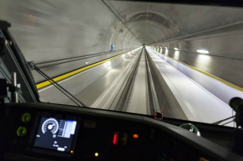 WORLD´S LONGEST RAIL TUNNEL