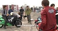 https://4.bp.blogspot.com/-wui5i-tsaaA/VrTG2YVir1I/AAAAAAAAGME/LYGWYE2QLB8/s1600/kamen_rider_double_forever_atoz_backstages_23.jpg
