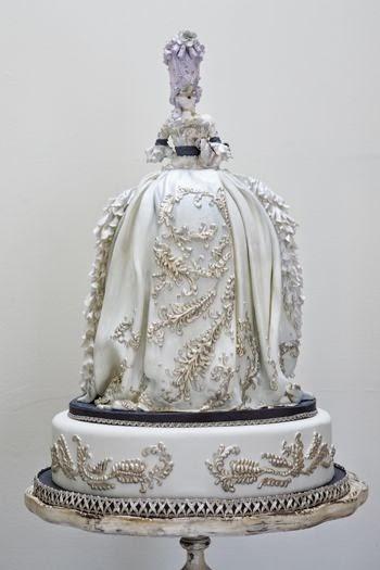 http://thebridescafe.typepad.com/my_weblog/wedding_cakes_catering/