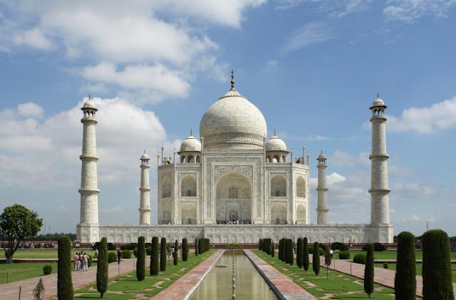 Bebas visa untul berwisata ke Taj Mahal