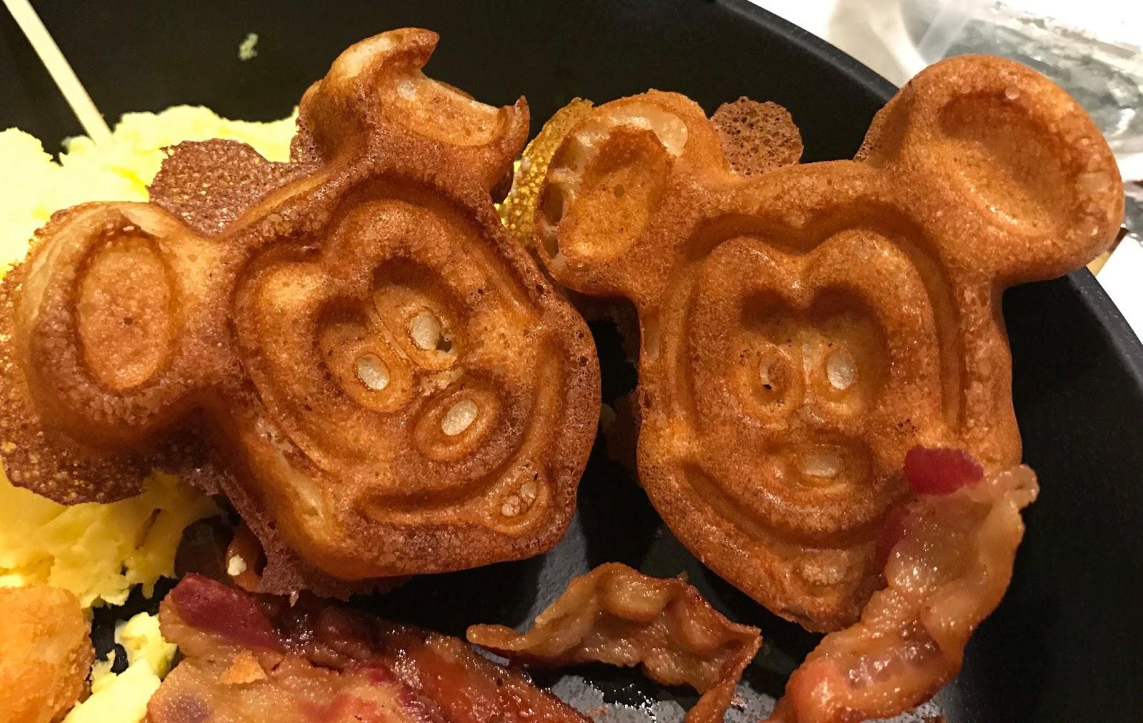 Alexis\'s Gluten Free Adventures: The Garden Grill Breakfast - Epcot
