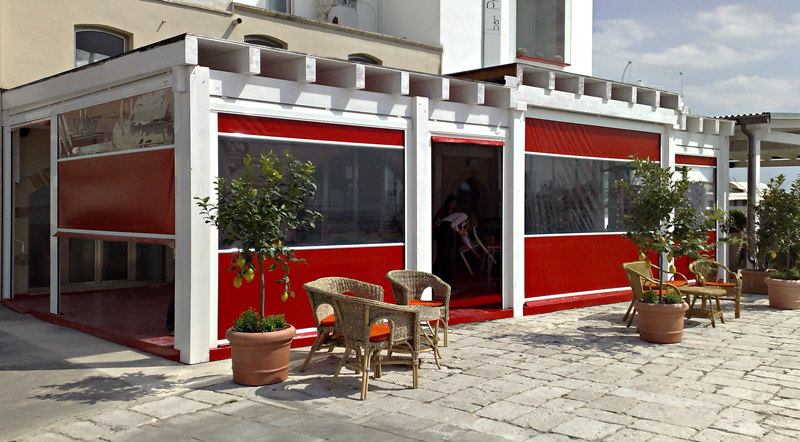 Orizzonte maxi tenda a caduta per bar e ristoranti for Frigerio arredamenti