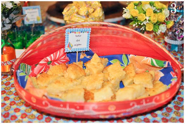mesa comida festa junina
