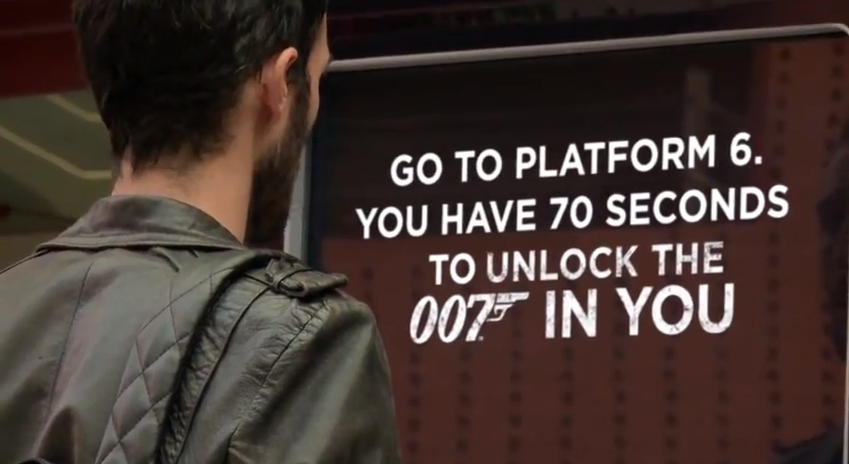 Neat! Coke Zero - 007 Skyfall Obstacle Course in a Train Station