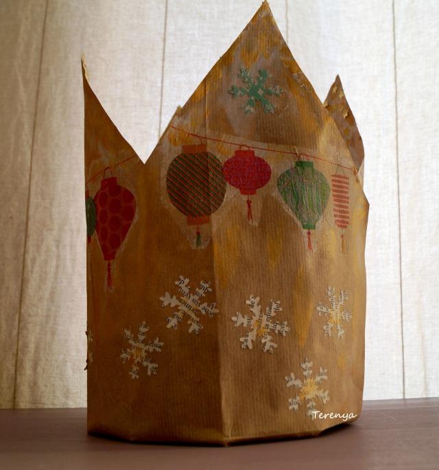 como-hacer-regalo-con-corona-cumpleaños