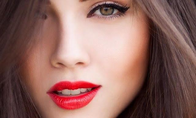 Kepribadian Perempuan di Balik Bentuk Mulut