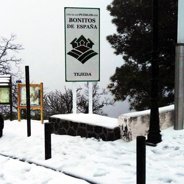 Nieva en Tejeda, uno de los pueblos más bonitos de España
