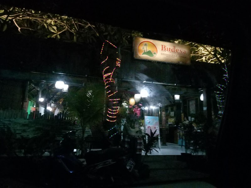 Budesa Resto, Tempat Makan Dengan Nuansa Bali Yang Patut Dikunjungi