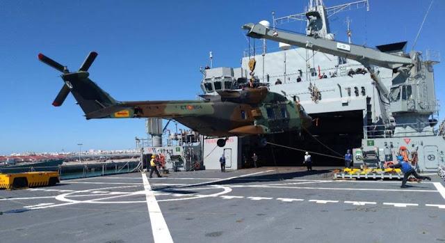 El NH-90 del Ejército de Tierra plegado a bordo de un buque de la Armada