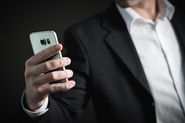 هاتفك الذكي قد يجعلك أقل ذكاءاً !