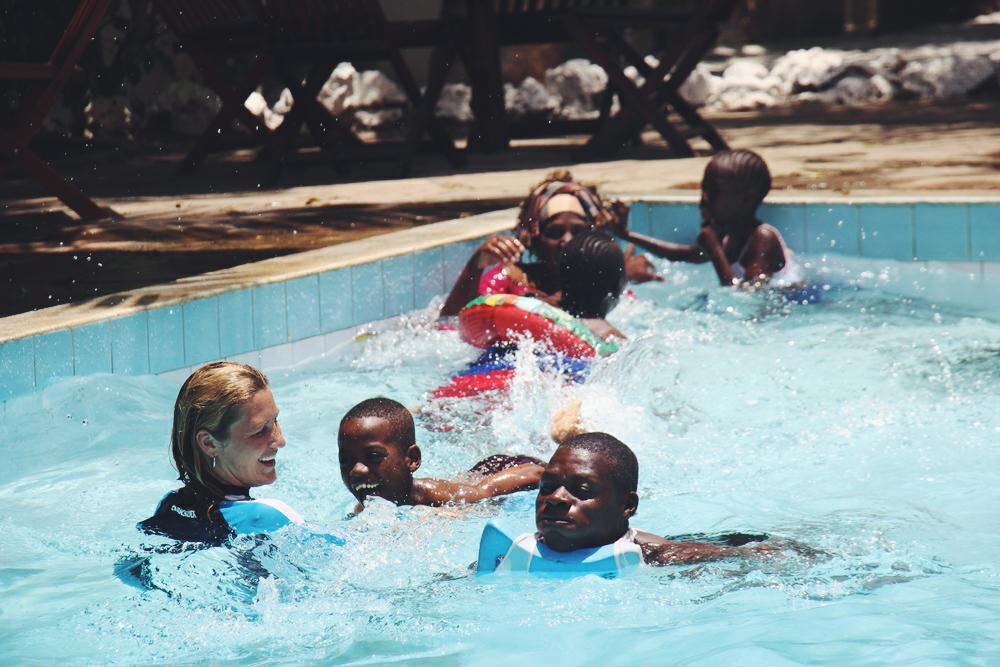 yvonne-karnath-ehrenamt-mombasa-kenia-waisenheim-afrika-africa