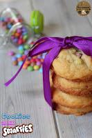 http://goulucieusement.blogspot.fr/2015/10/cookies-aux-smarties.html