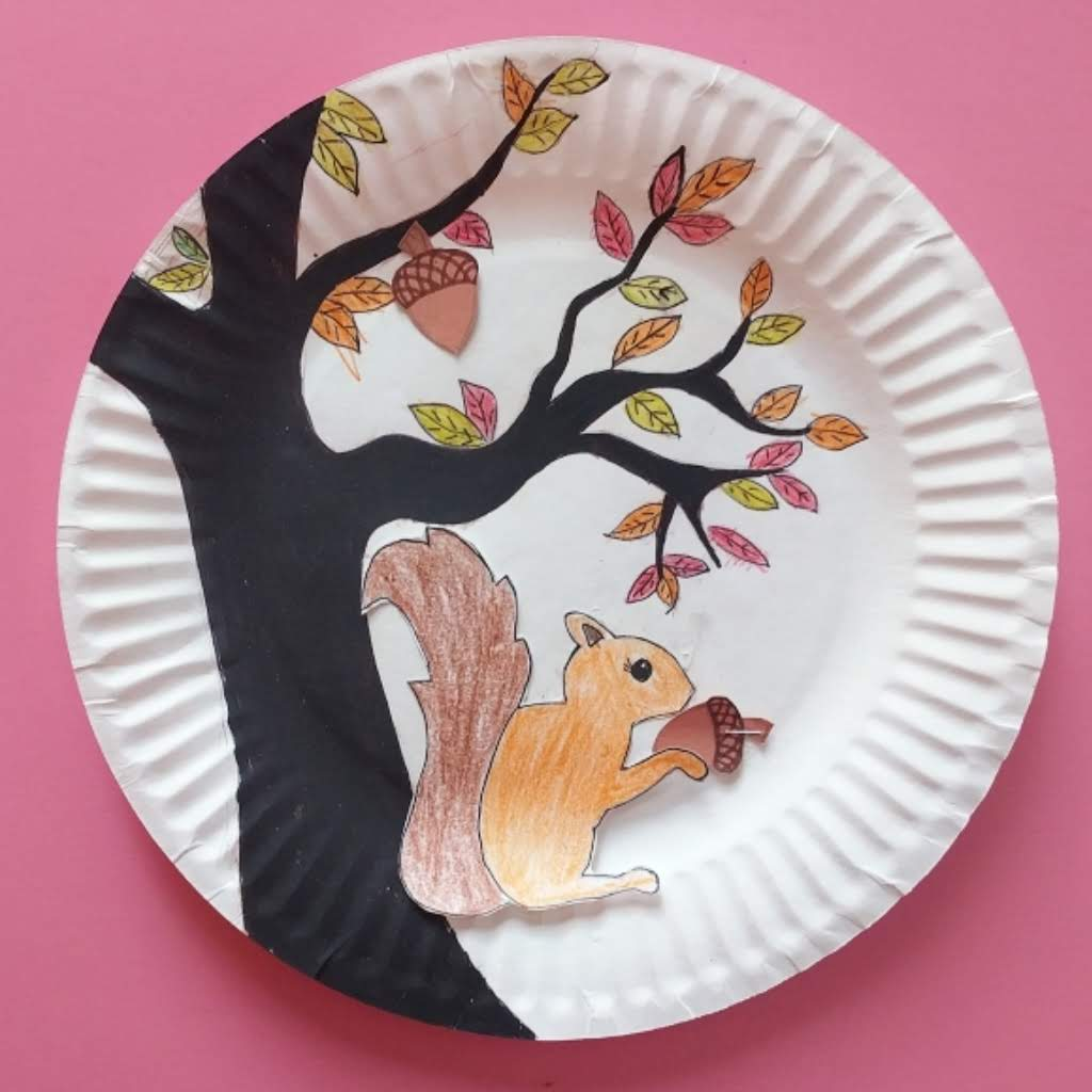 Magnetic Squirrel and Acorn Fall Craft - The Joy of Sharing