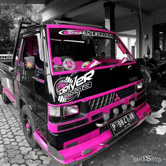 Cutting Sticker L Pink Hitam