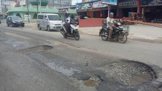 Perbaiki Jalan Rusak, Dinas PUPR Dumai Koordinasi dengan Polres dan Dishub