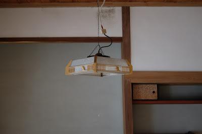 生坂村の古民家カフェ・ひとつ石 照明は全部LED