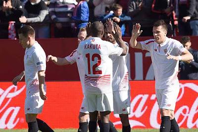 Crónica Sevilla FC 3 Vs Levante 1