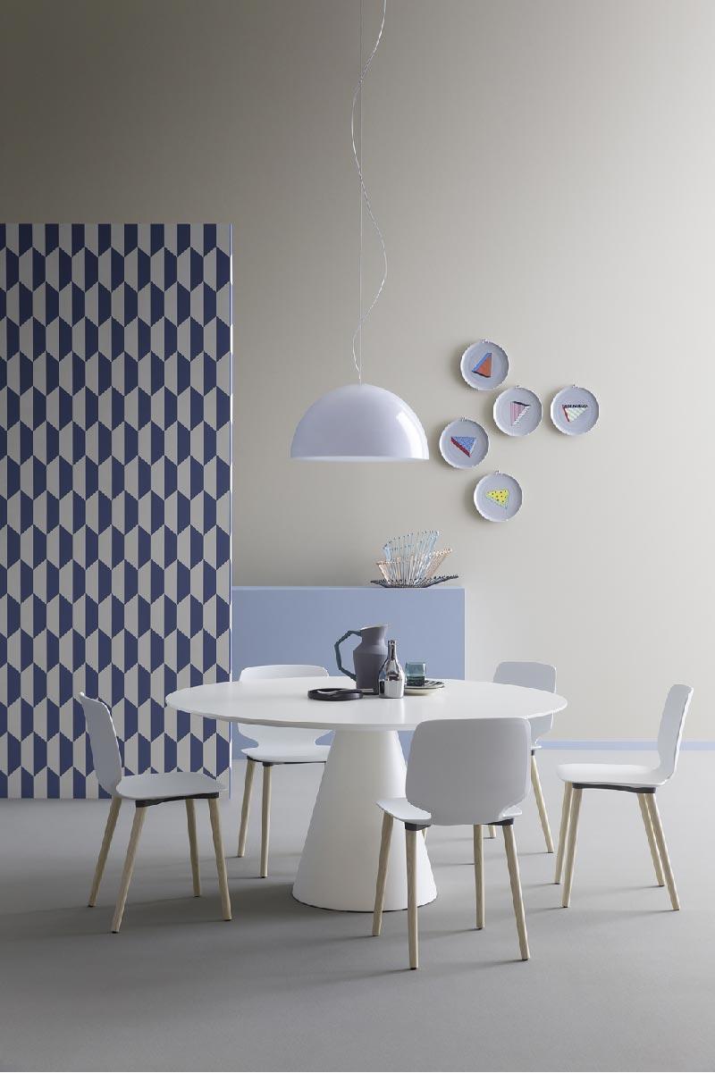 tavolo da pranzo dal design essenziale