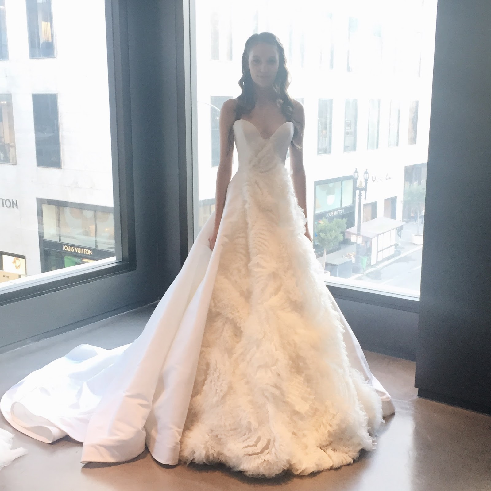 Practical wedding advice from top san francisco wedding for Wedding dresses by vera wang 2017