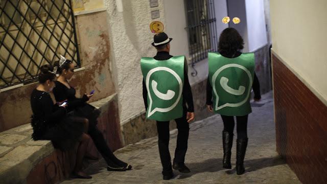 """No dejes que WhatsApp te empuje a compartir tus datos con Facebook"""