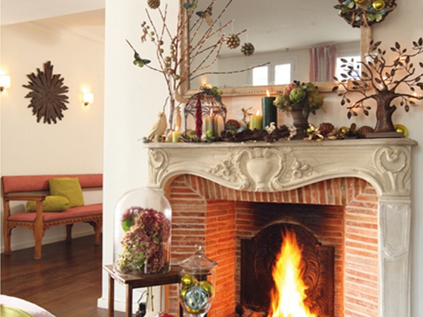 Fireplace Mantel Home Decoration Idea in Christmas ...