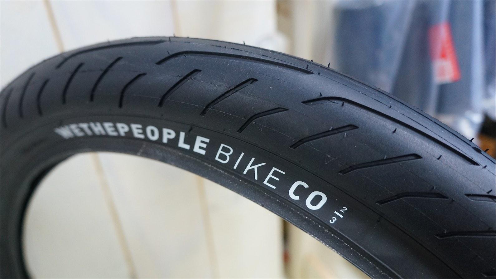 We The People Stickin/' Tire 20 x 2.3 Black