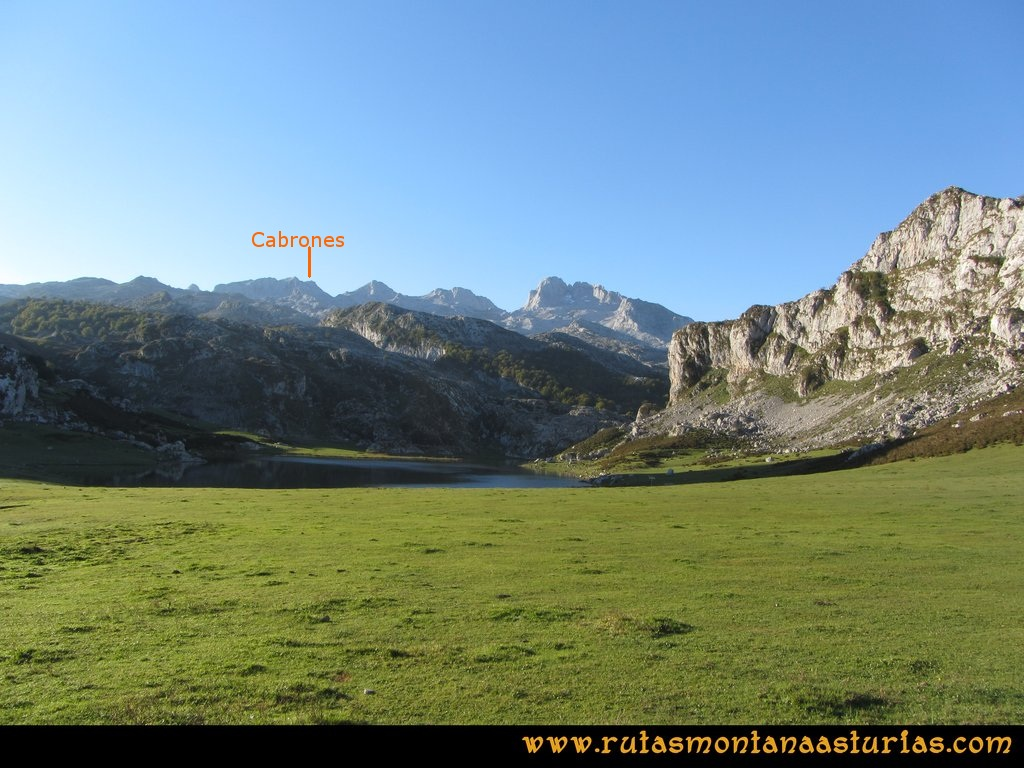 Ruta Ercina, Verdilluenga, Punta Gregoriana, Cabrones: Saliendo del aparcamiento del Ercina