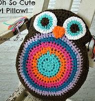 http://translate.googleusercontent.com/translate_c?depth=1&hl=es&rurl=translate.google.es&sl=en&tl=es&u=http://bigcraftyblog.blogspot.com.es/2013/08/free-crochet-pattern-owl-pillowstuffie.html&usg=ALkJrhj1GZMKA6ZS4UDlJFM2Bb3gryp6yQ