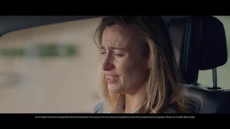 Pubblicit renault scenic spot ospedale con donna - Gemelli diversi un altro ballo testo ...