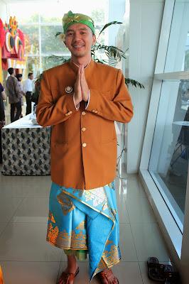 quot SANGGAR NUSANTARA DOT COM quot Jakarta SEWA BAJU BALI