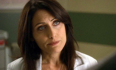 House Alum Lisa Edelstein Heads To The Good Wife Showdown With