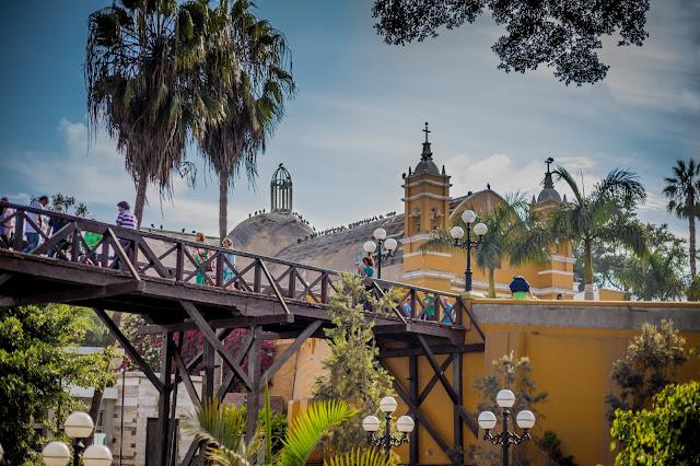 Barranco y Puente de los Suspiros