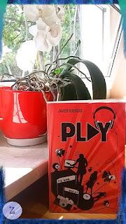 ,,Play'' Javier Ruescas