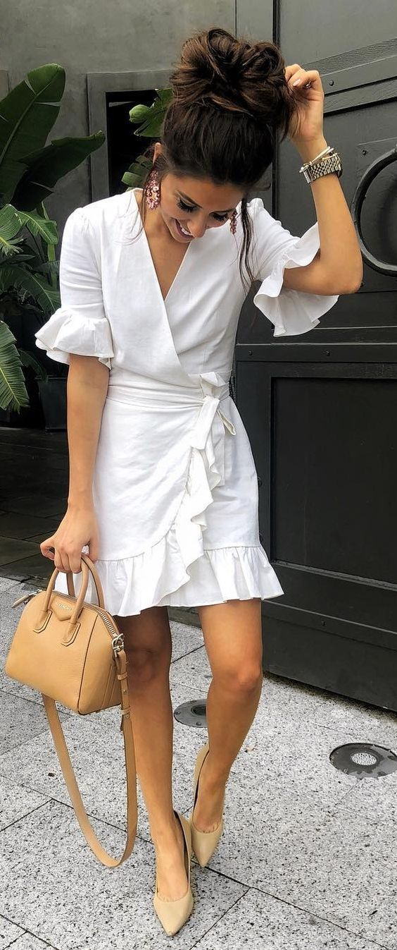 40 Spring Outfit Ideas That Are Cute