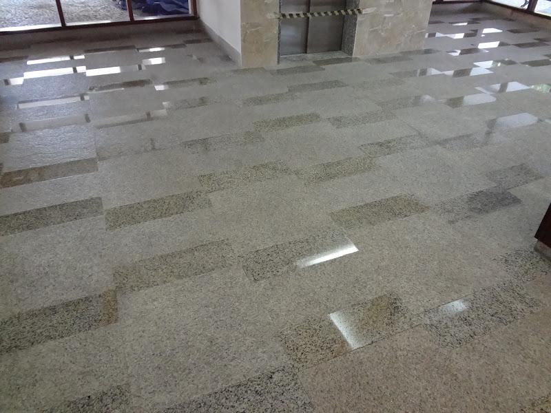 Impermeabiliza o piso paredes granito liso e rustico com for Pisos de granito natural