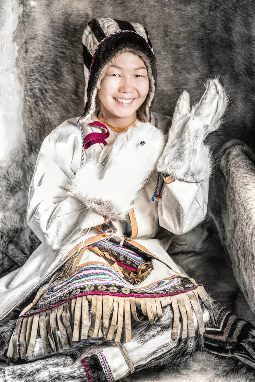 He Traveled 25000 Km In Siberia To Capture The Beauty Of Its Indigenous People With His Camera. The Pictures Are Breathtaking! - Yukagir Girl