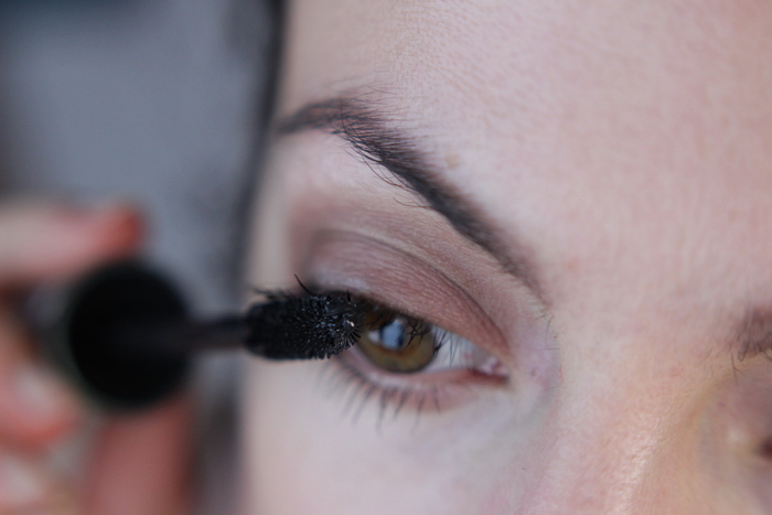 Manhattan Volume Shake Mascara Review