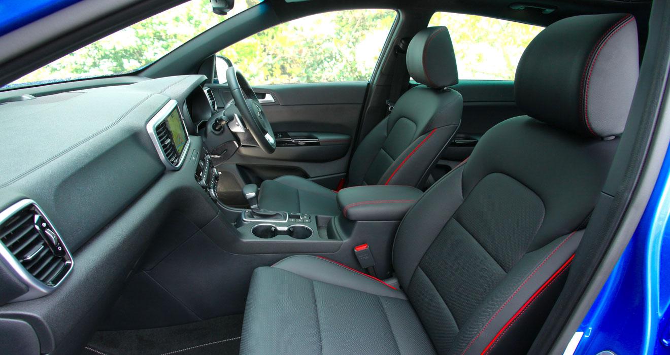 Kia Sportage 48V hybrid front cabin