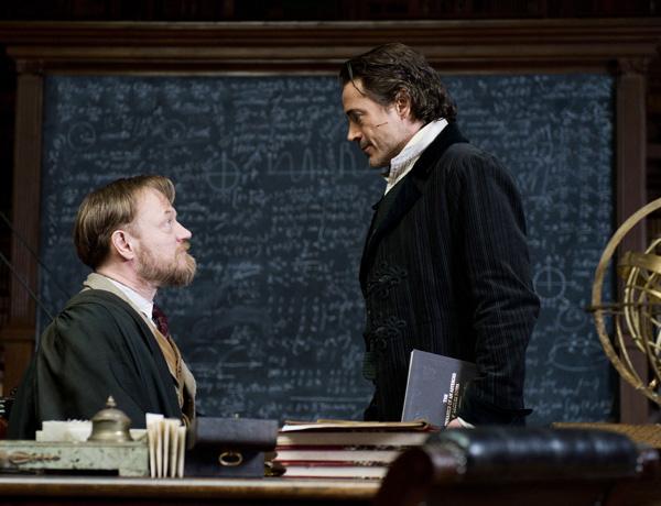 Sherlock Holmes evita guerra mundial usando Matemática