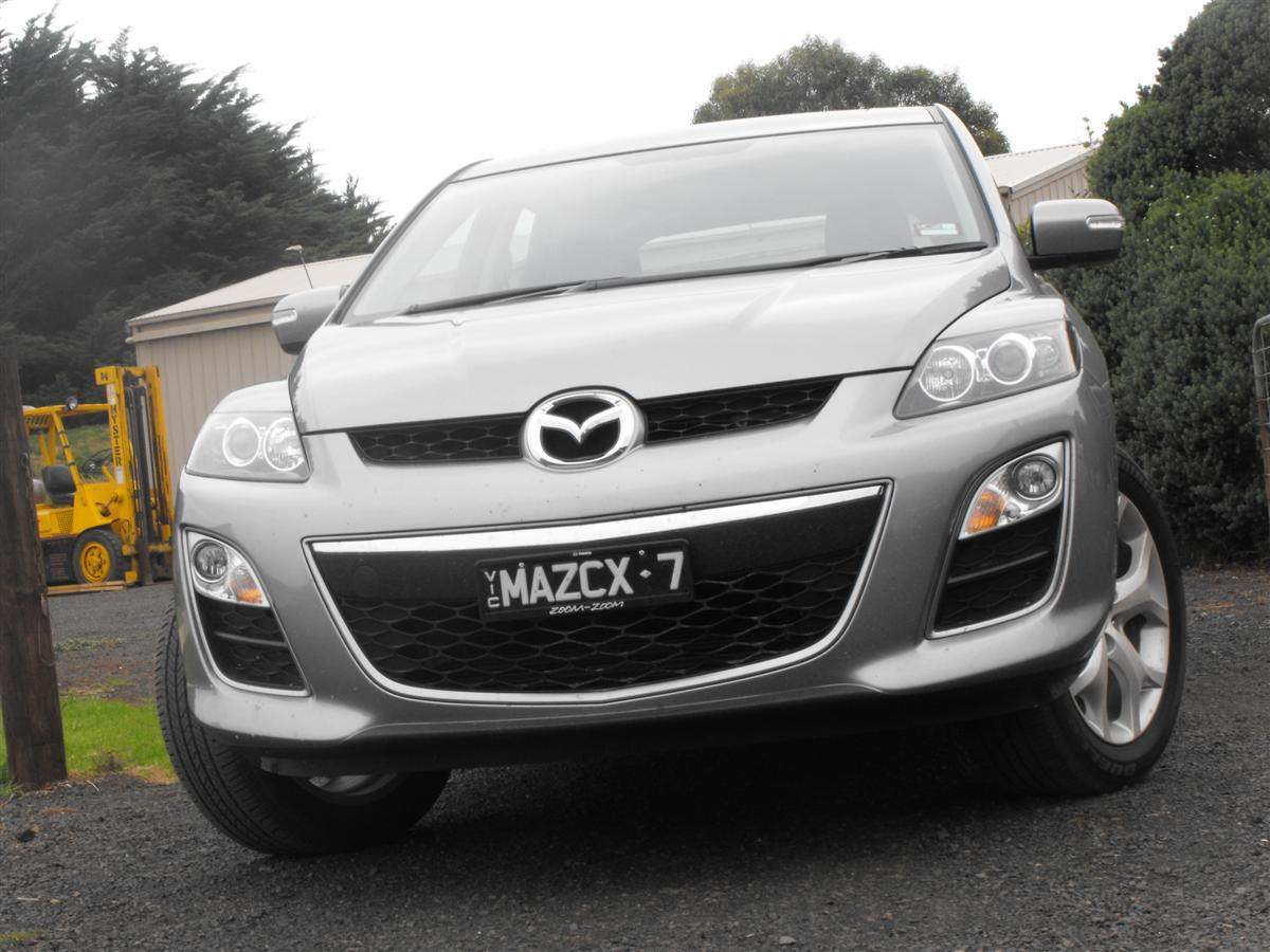 mazda cx 7 luxury sports pictures. Black Bedroom Furniture Sets. Home Design Ideas