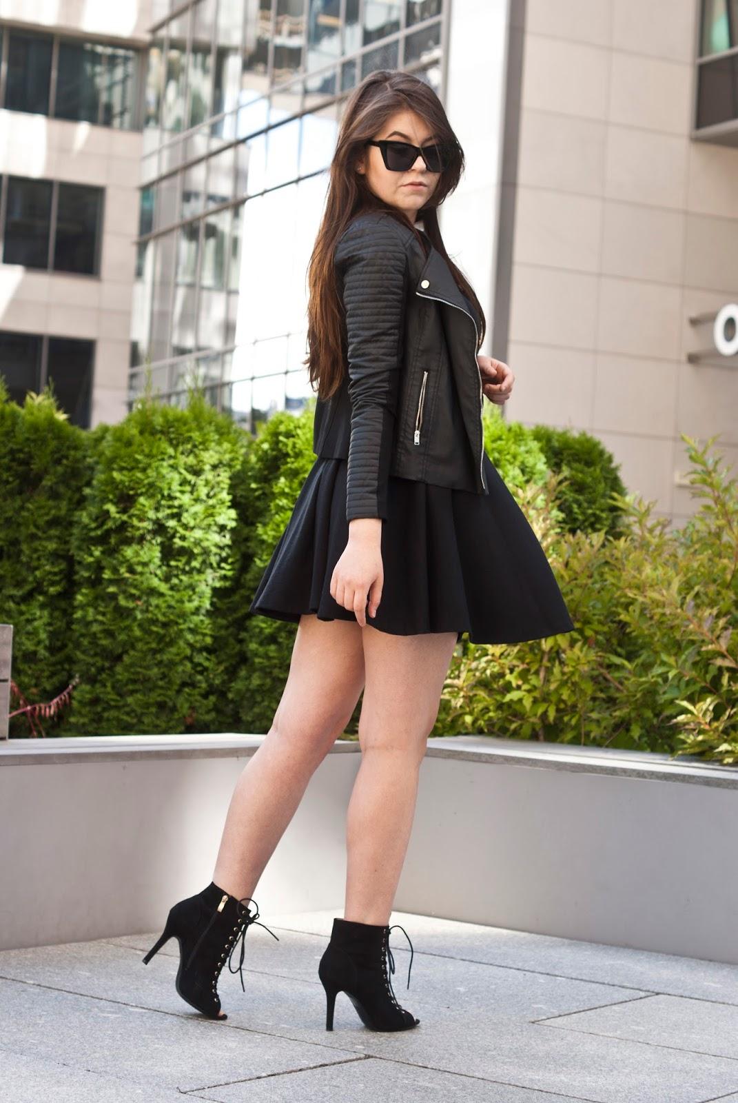 Czarna sukienka / Black Dress