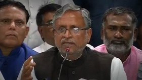 sushil-modi-demand-nitish-action-against-lalu-sons