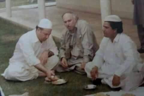 Image, images, Nawaz Shairf, Noon League, old, pakistan, Pakistan Muslim Leadue, photo, photos, pic, picture, pictures, PML N, punjab, Purani, rare, Tasveer, Tasveerain, unseen, young,