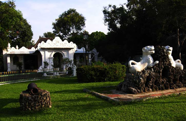 Kasepuhan Palace of Cirebon which was built in 16th century