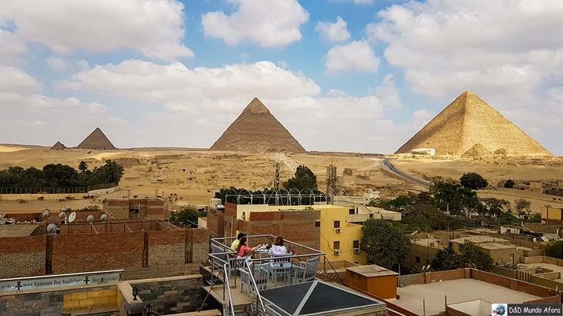 Vista das pirâmides do hotel Best View Pyramids - Cairo - Egito