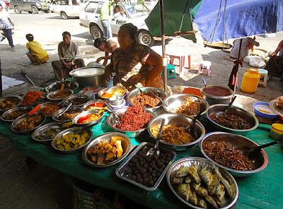 Myanmar street food in Yangon 4