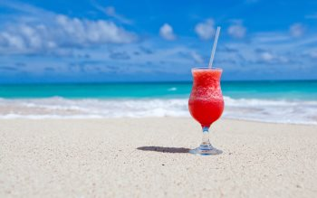 Wallpaper: Exotic cocktail on Caribbean beach