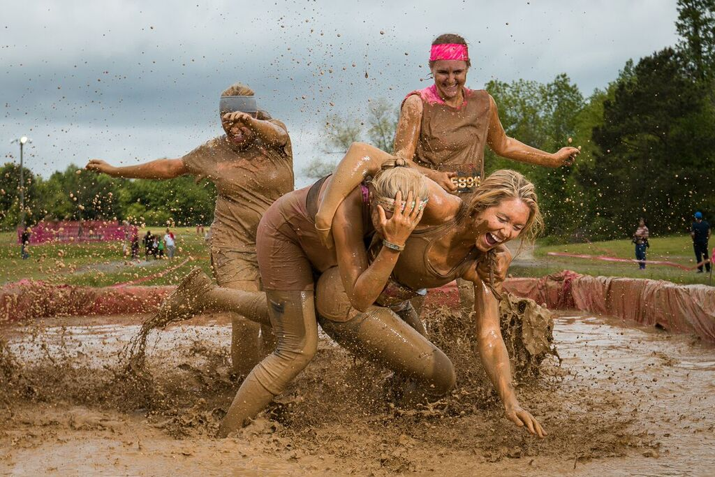 Question Girls mud wrestling